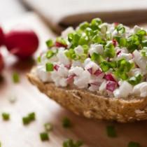 Wer viel Eiweiß isst, kann den Jo-Jo-Effekt nach einer Diät stoppen.